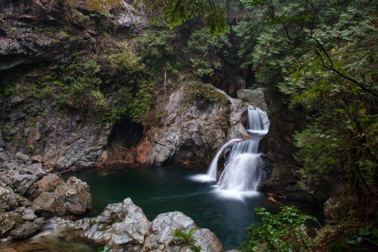 lynn-canyon-park-twin-falls-waterfall