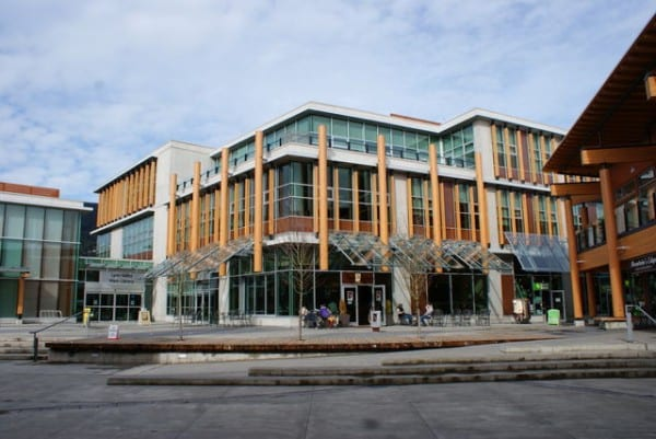 lynn valley library