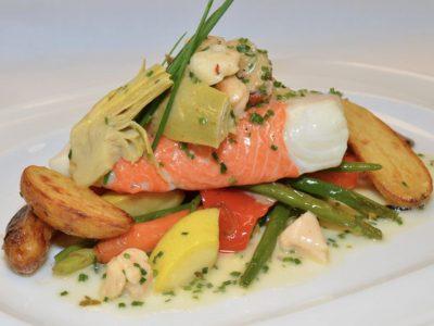 salmon-house-dinner